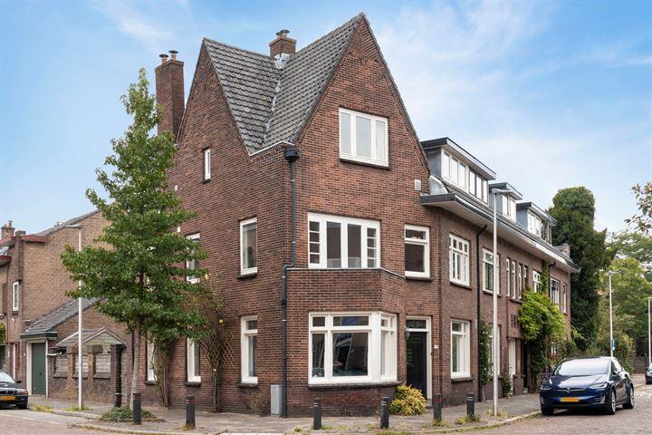 Jacob van Ruisdaelstraat 79