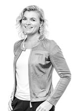 Yvette de Boer (Sales employee)