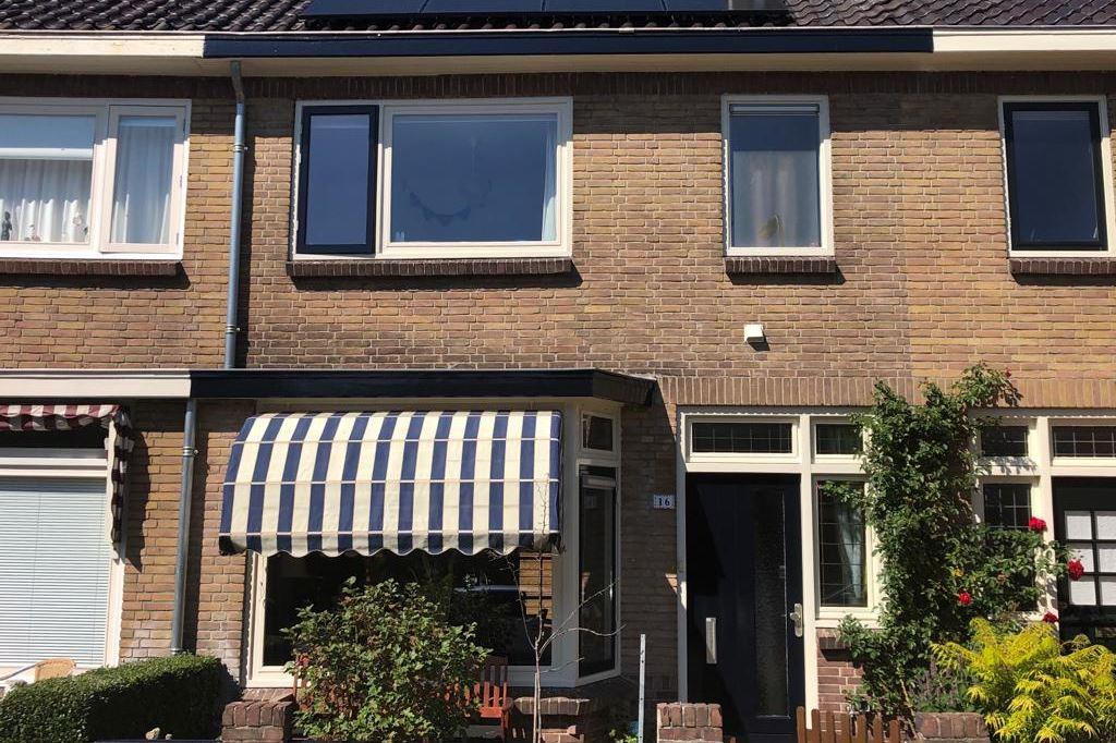 View photo 1 of Jan Steenstraat 16