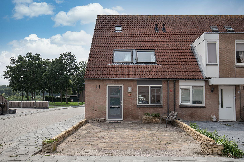 Bekijk foto 1 van Hoensbroekstraat 1