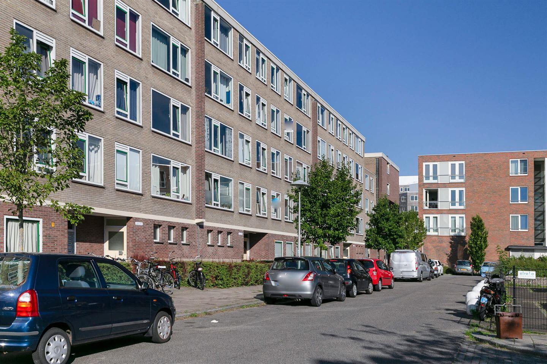 Bekijk foto 2 van Van Eysingalaan 354