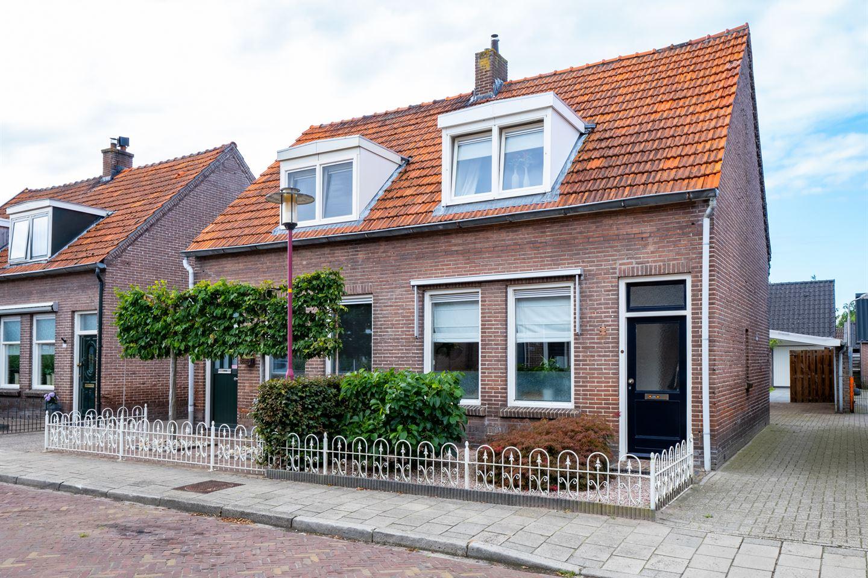 Bekijk foto 1 van Molenstraat 40