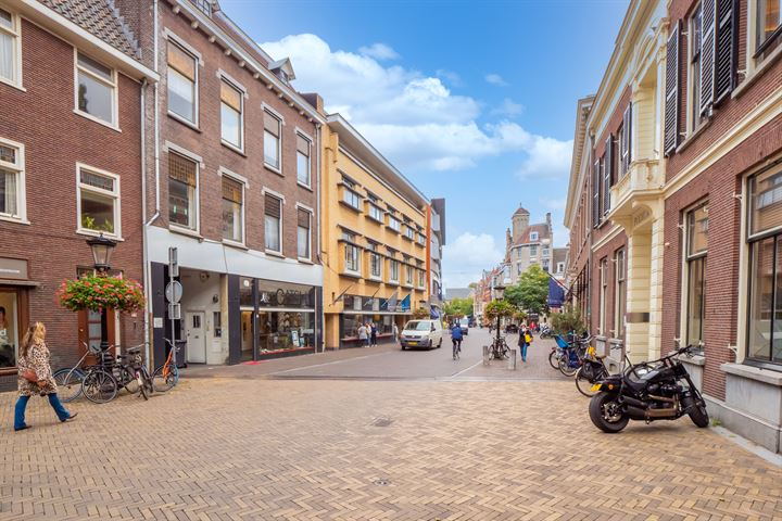 Domstraat 7 D