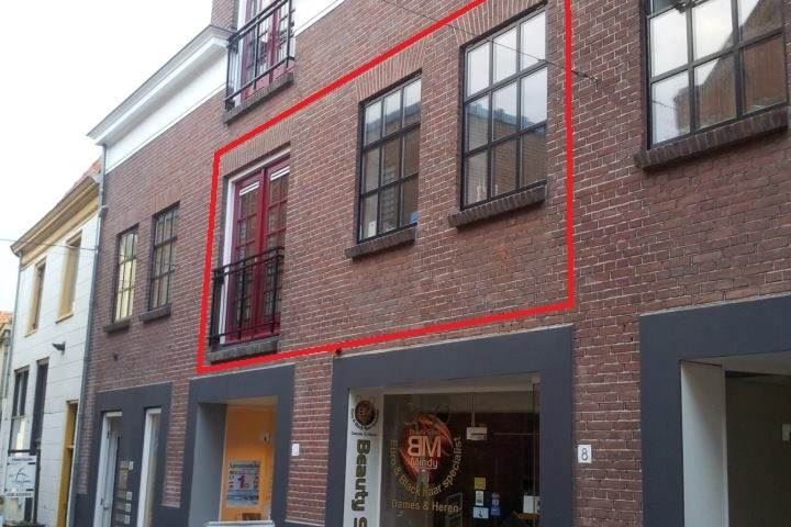 View photo 2 of Rodehaanstraat 12 a