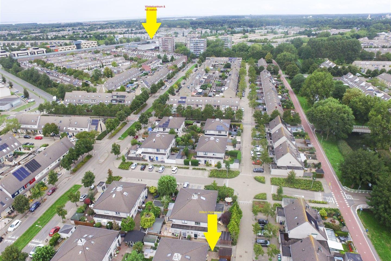 Bekijk foto 2 van Willem Pijperstraat 17
