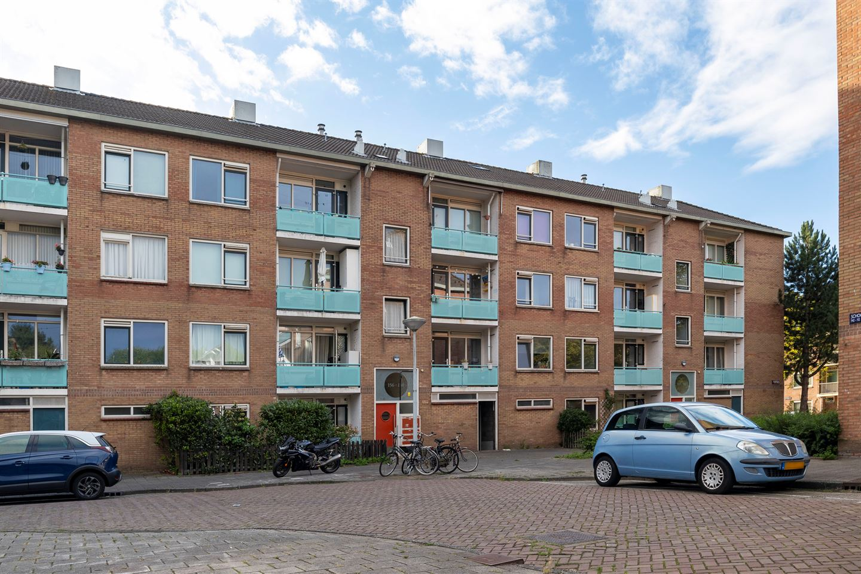 Bekijk foto 1 van Schoorlstraat 147