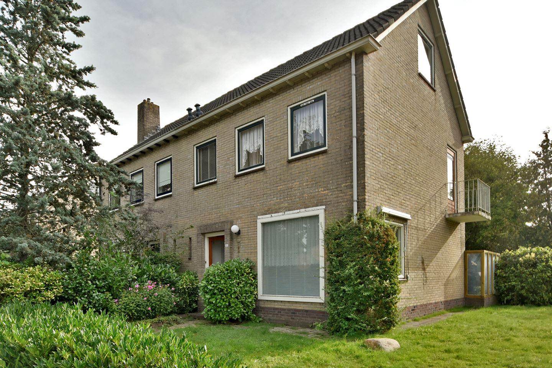 Bekijk foto 1 van H.W. Mesdagstraat 18