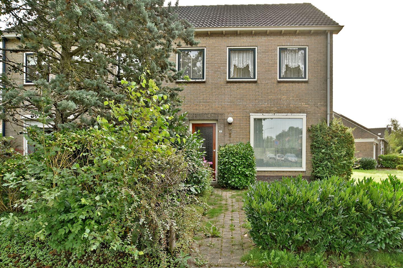 Bekijk foto 2 van H.W. Mesdagstraat 18