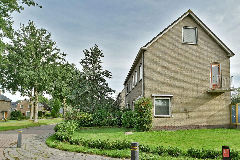 Bekijk foto 3 van H.W. Mesdagstraat 18