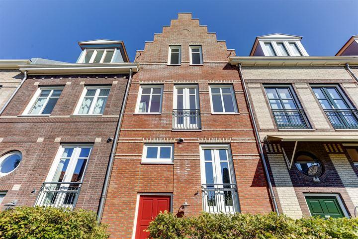Johanna de Vriesstraat 5