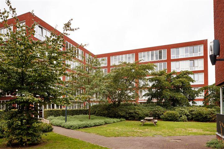 Veilinghavenkade 45