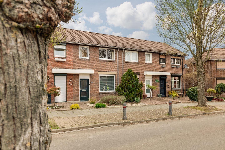 Bekijk foto 1 van Heufkestraat 136