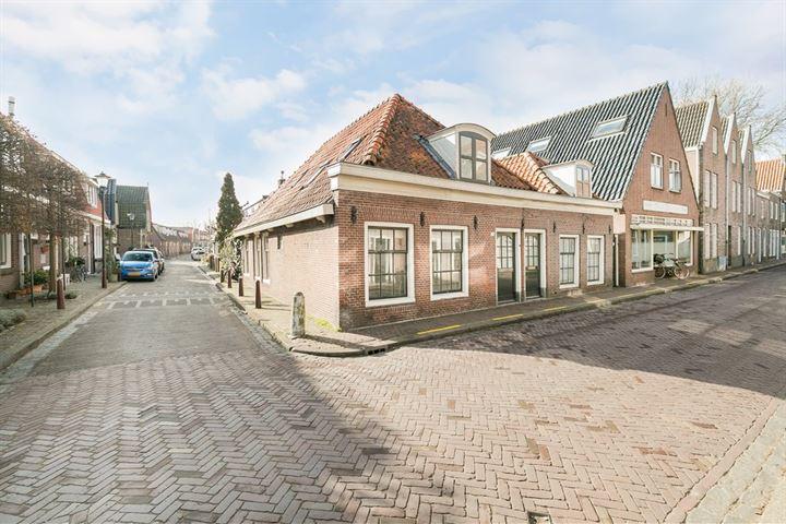 Amsterdamsestraat 7 .