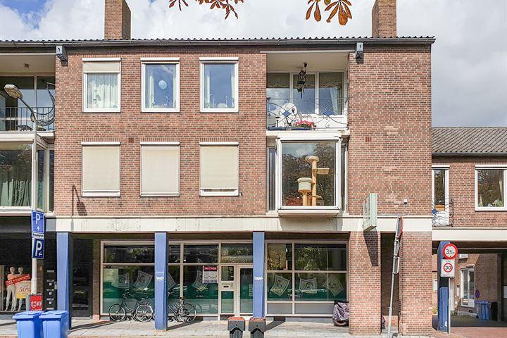 van Cleeffkade 2, Aalsmeer