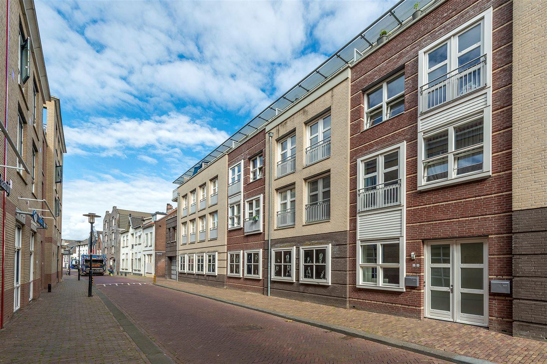 Bekijk foto 1 van Damstraat 22