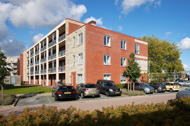 Bekijk foto 2 van Van Lijnden van Hemmenstraat 167