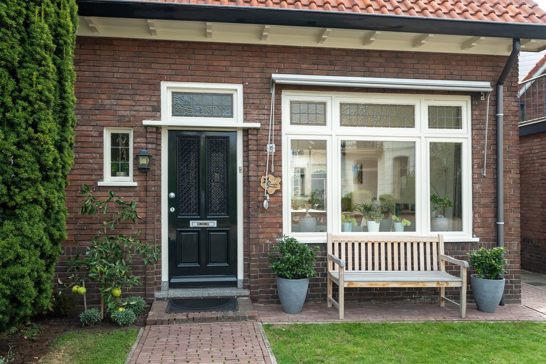 Bekijk foto 4 van Reinaldstraat 99