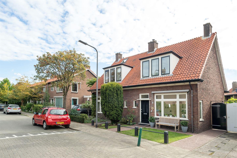 Bekijk foto 2 van Reinaldstraat 99