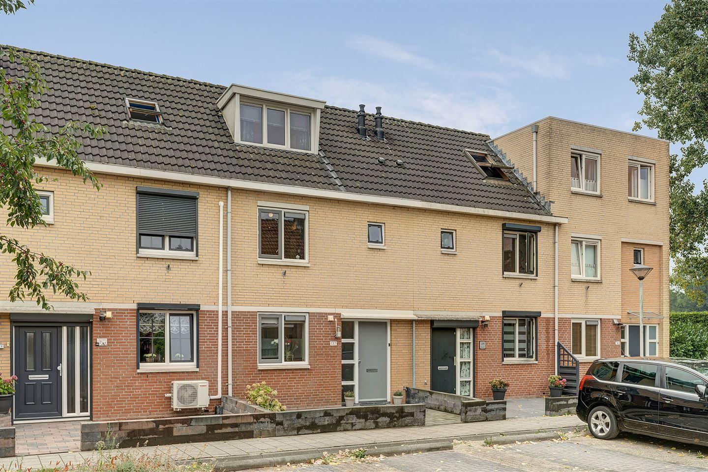 Bekijk foto 2 van Woudrichemstraat 137