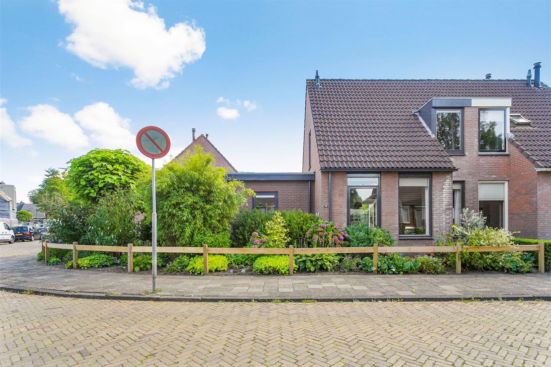 Bekijk foto 1 van Sluisstraat 34