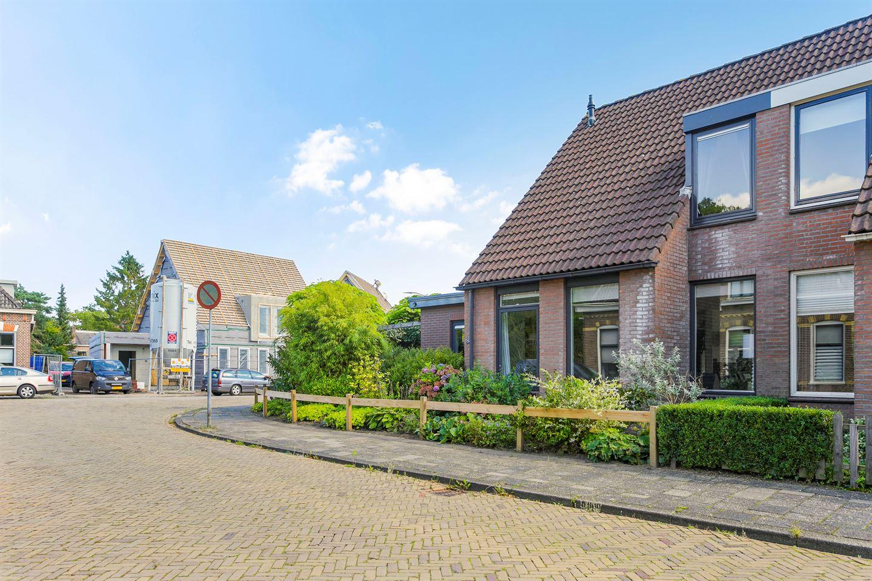 Bekijk foto 2 van Sluisstraat 34