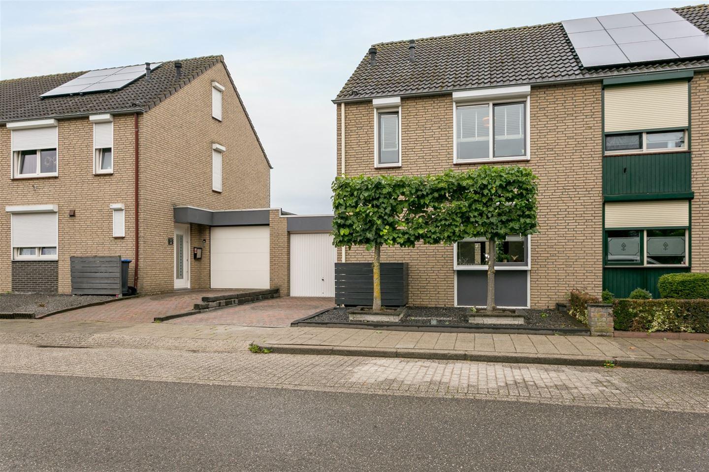 Bekijk foto 2 van Varenbeukerweg 43