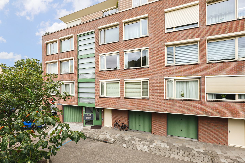 Bekijk foto 2 van Joostenplein 4