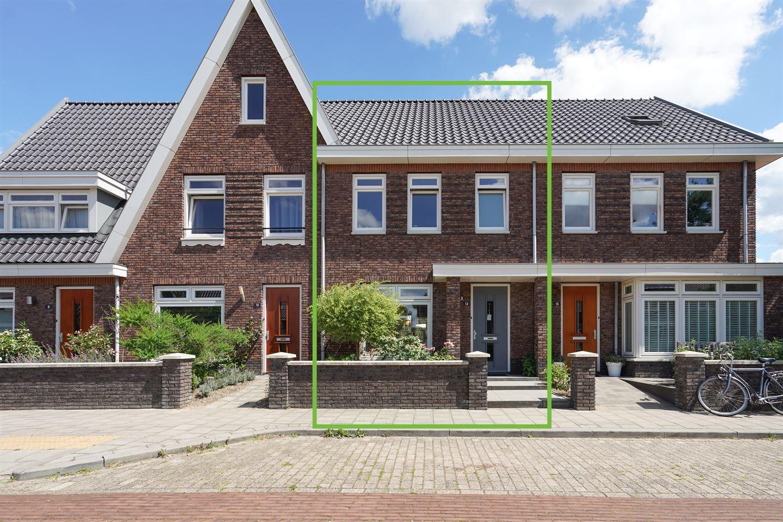Bekijk foto 1 van Ruusbroecstraat 13