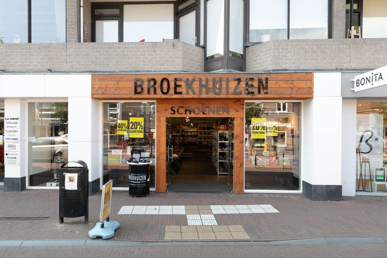 Bekijk foto 1 van van Weedestraat 61 A