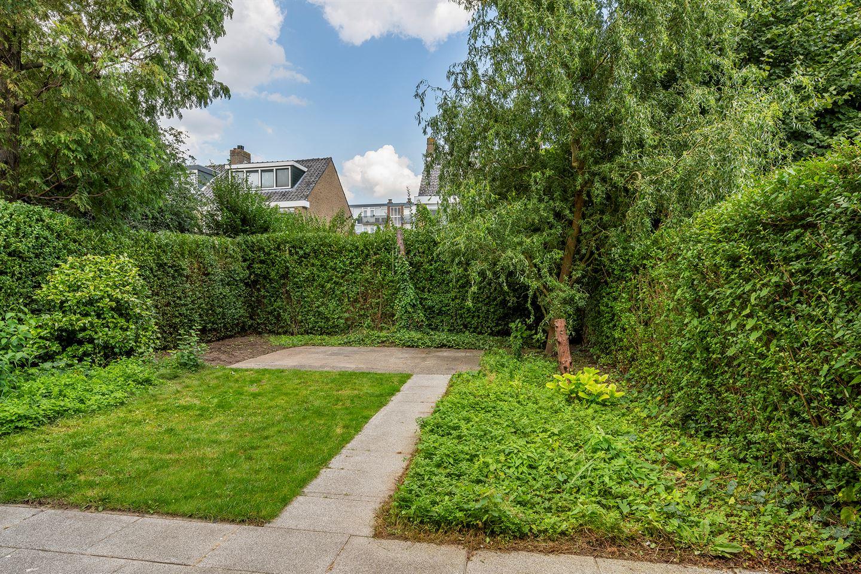 Bekijk foto 4 van H Roland Holststraat 5