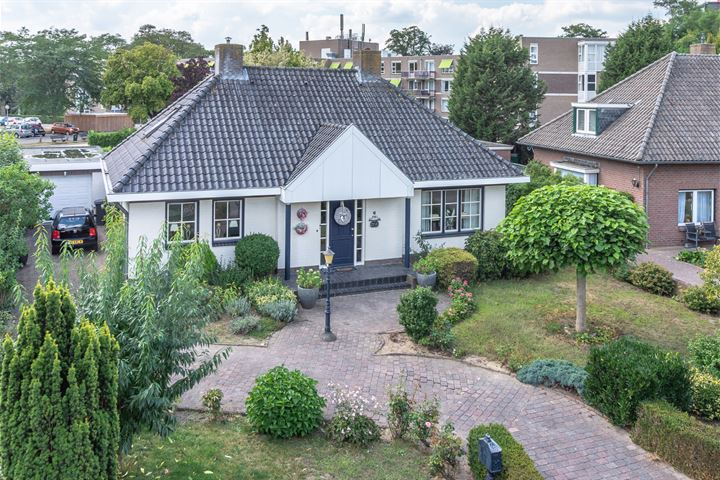 van Swietenstraat 6