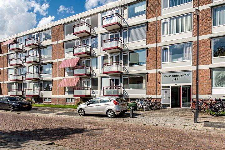 van Viandenstraat 85