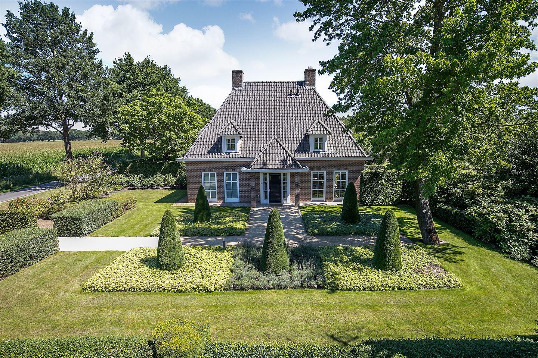 Bekijk foto 1 van Maastrichterweg 203