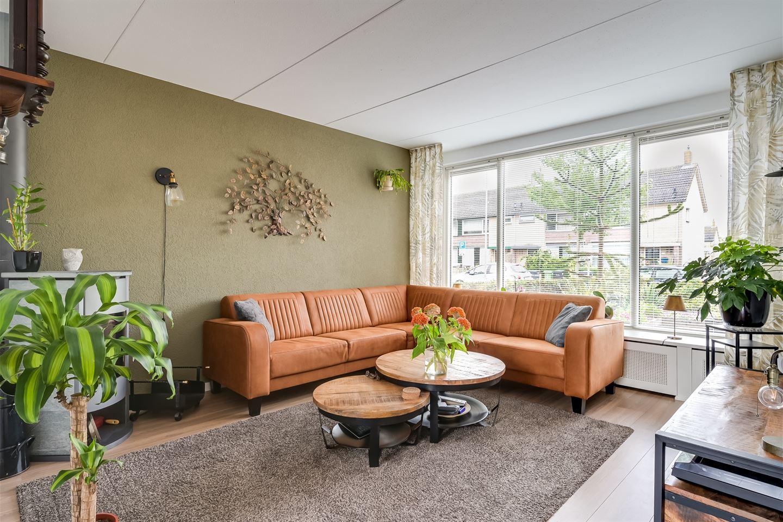 Bekijk foto 2 van Hertog Albrechtstraat 6