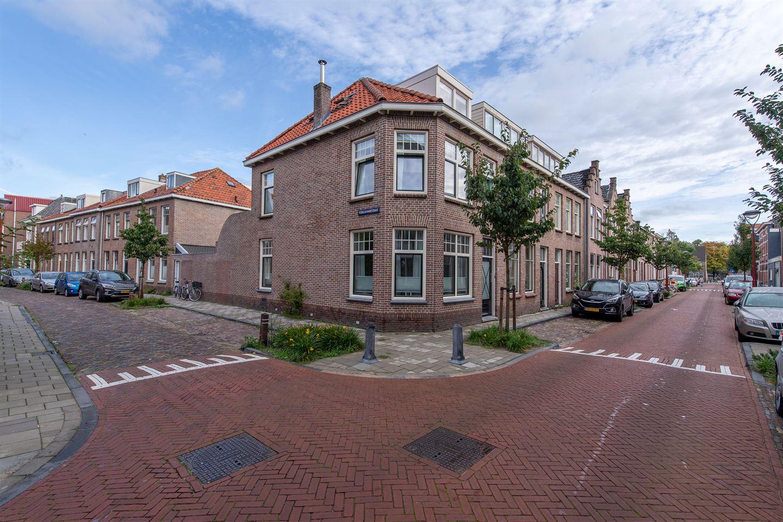 Bekijk foto 1 van Prins Hendrikstraat 30
