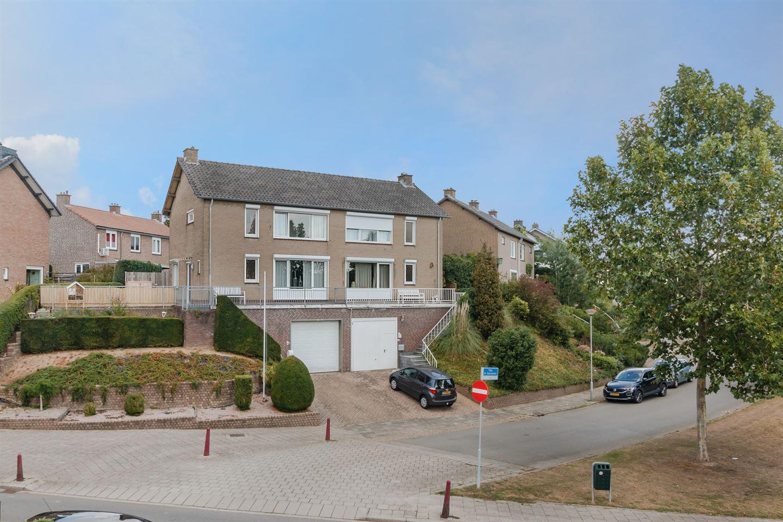 Bekijk foto 1 van Pastoor Martinus Sterckenstraat 6