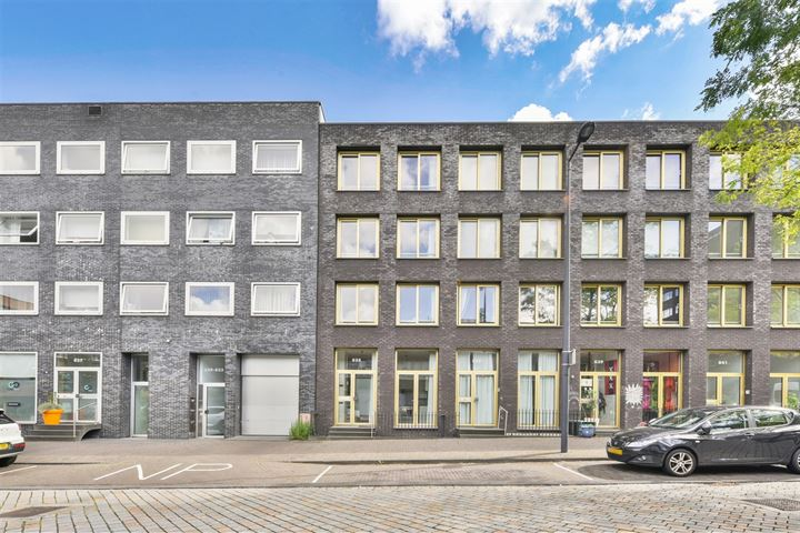 Maria Austriastraat 835