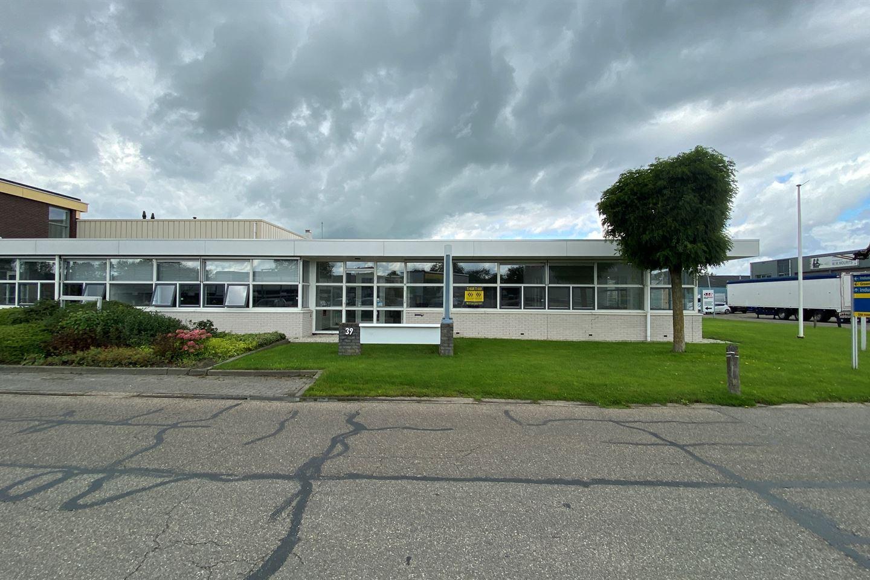 Bekijk foto 1 van Industrieweg 39