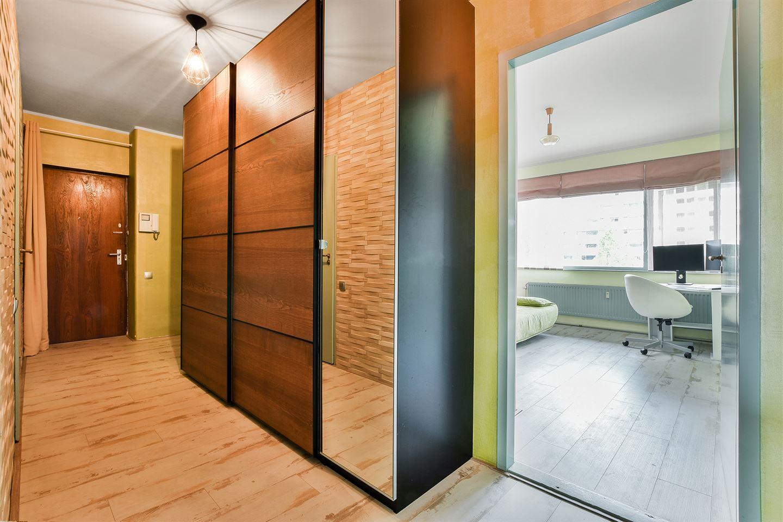 Bekijk foto 2 van Arent Janszoon Ernststraat 69