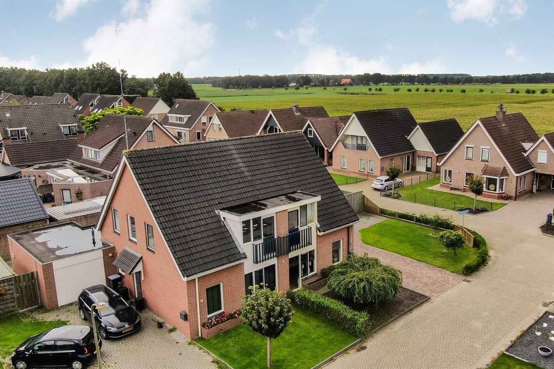 Bekijk foto 2 van Van Hogendorpstraat 41