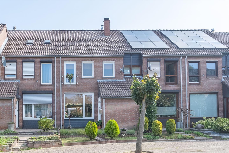 Bekijk foto 1 van Pierre Zeijenstraat 12