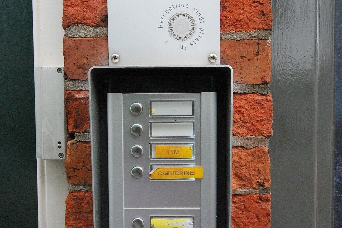 Bekijk foto 3 van Bloemstraat 2