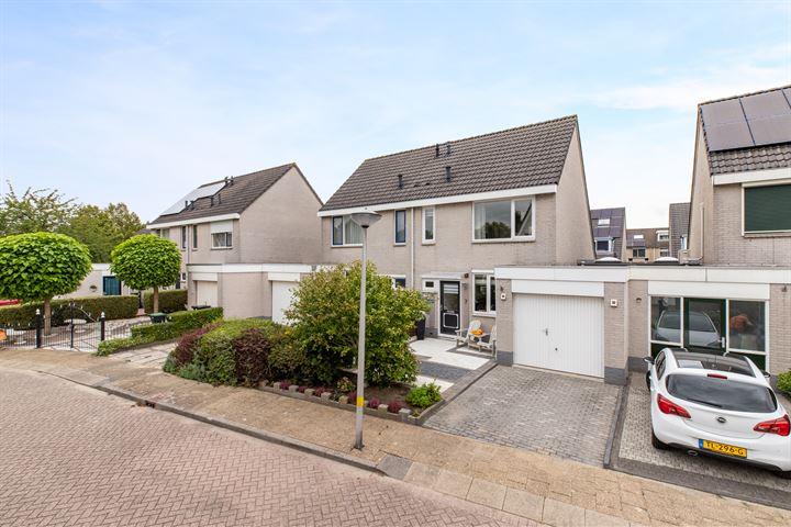 Maarten Trompstraat 7
