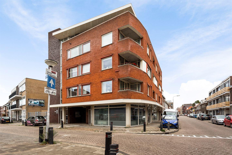 Bekijk foto 1 van Houtstraat 136