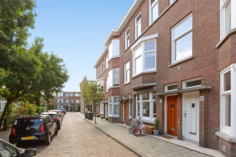 Bekijk foto 2 van De Bruynestraat 12