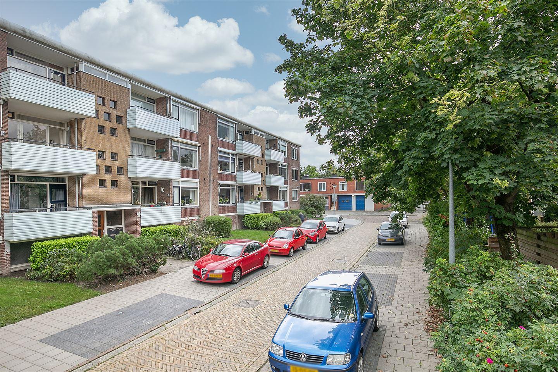 Bekijk foto 4 van Jacob van Ruysdaelstraat 74