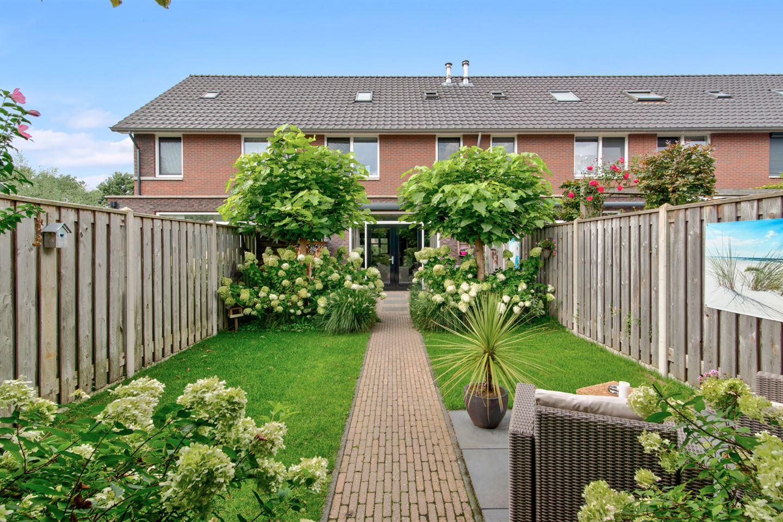 Bekijk foto 2 van Huybertsenweg 126