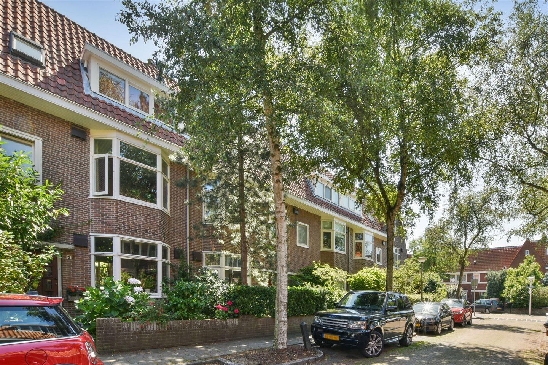 Bekijk foto 2 van Gerrit van Heemskerklaan 10