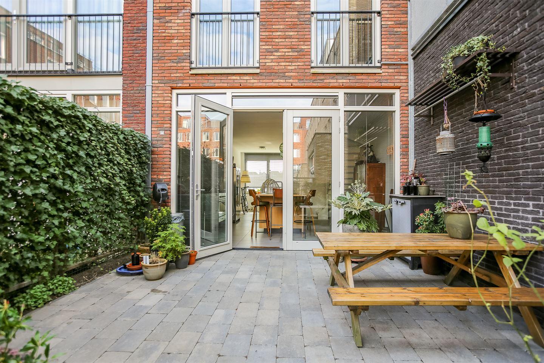 View photo 3 of Prins Hendrikkade 79