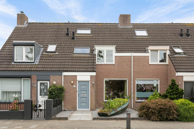 Bekijk foto 1 van Van Limburg Stirumlaan 17